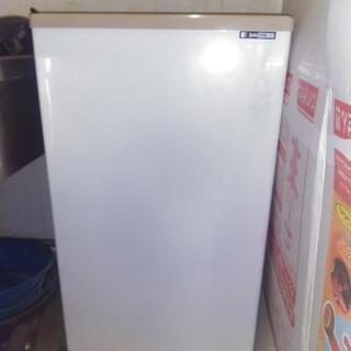 サンデン業務用冷凍ケースPF-057XE