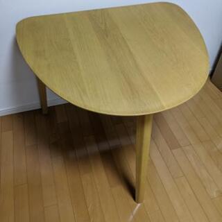 ダイニングテーブル 半円形 一人暮らし