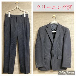 【夏用 】メンズスーツ セットアップ ダークグレー ホワイトストライプ