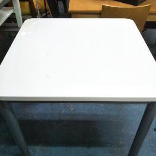 [ダイニングテーブルのみ]作業台にも:リサイクルショップヘルプ