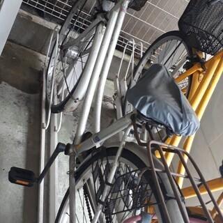 502シルバー自転車!中古汚れてますがタイヤ良。鍵はダイヤ…