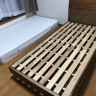 木製シングルベッド☆ニトリ☆マット付き