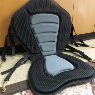 新品 カヤックシート 折り畳み式シートです。