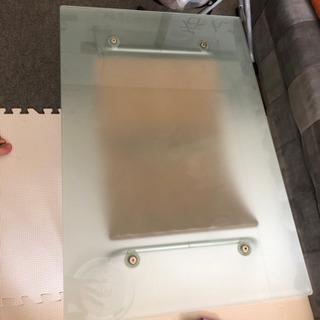 ローテブル ガラス