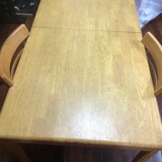 折り畳みダイニングテーブル椅子二脚