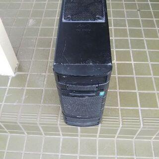 デスクトップパソコンです。一年前まで子供が使ってました。動くとは...