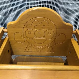 人気‼︎アンパンマン木製ハイチェアー − 熊本県
