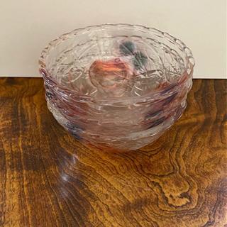 【美品】可愛らしい林檎柄のガラス器3点セット