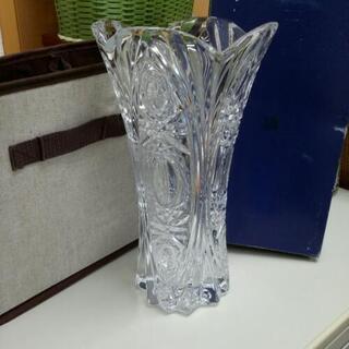 クリスタルの花瓶  未使用品