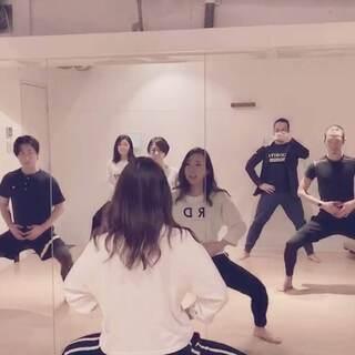 【新宿】楽しいダンスエクササイズで痩せるDance fit…