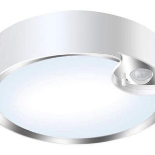 ✨新品✨💝 人感センサーライト LED 電池式 配線なし🔴