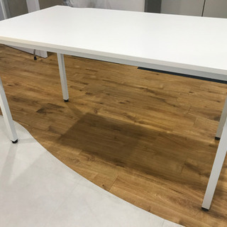 白テーブル(分解せずお渡し) 【南青山のオフィスまで取りに来てく...