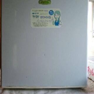 ミニ冷蔵庫(外作業用)
