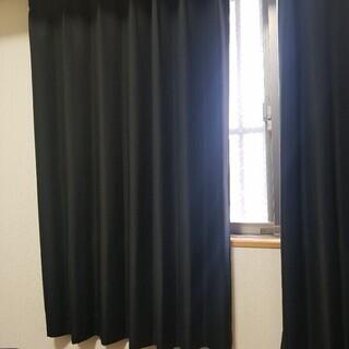 窓 カーテン..