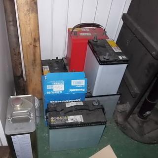 【自動車整備工場です。】充電済み中古品のバッテリーを販売し…