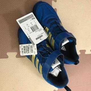 【未使用】23.5㌢(24.0㌢もあります) adidas スポ...