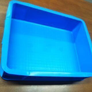 テンバコ15   プラスチック箱  17個あり。青色 中古 室内使用