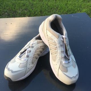 カジュアル安全靴(新品です)