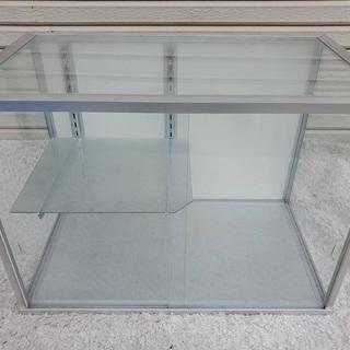 2 ガラスショーケース