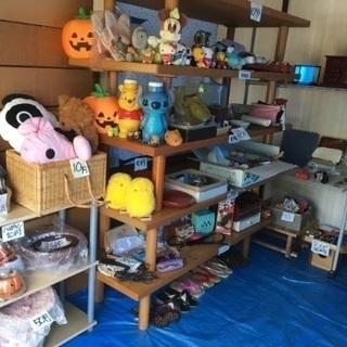 掘り出し物てんこ盛りのガレージセール実施中【無人販売】 − 長野県