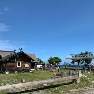 北斗市当別の津軽海峡を望む高台に風の丘と言うフィールドがあります...