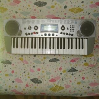 多少難有*中古2004年製電子キーボードピアノ電子ピアノ