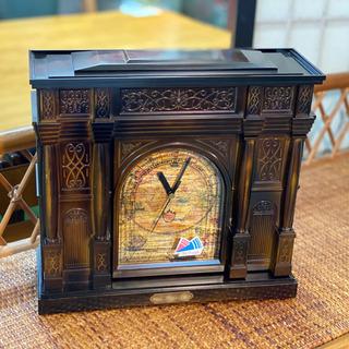 オルゴール付き/アクセサリー収納ができる置き時計