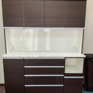 大型食器棚 キッチン収納 幅160cm  高さ200で、大きめ ...