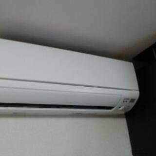 ※家庭用・業務用のエアコン取付け工事承ります 中古品・ネット購入...