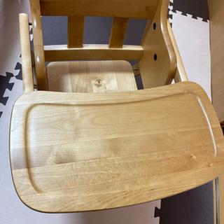 木製テーブルチェア