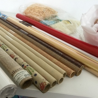 豪華andアンティーク調のラッピング用紙と梱包材
