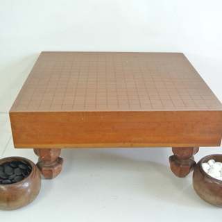 昭和レトロ 囲碁盤と碁石のセット 厚さ9㎝(2寸4分) へそ有 ...