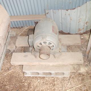 打穀機モーター