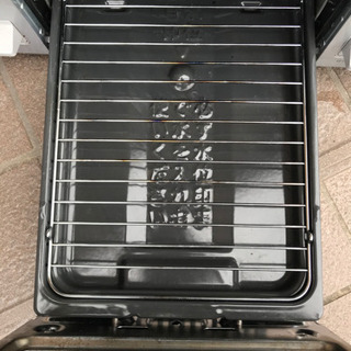 ノーリツ テーブルコンロ ライトグレーホーロートップ 水あり片面焼グリル 都市ガス用 右強火 シルバーフェイス NG60SVR(0629I) - 家電