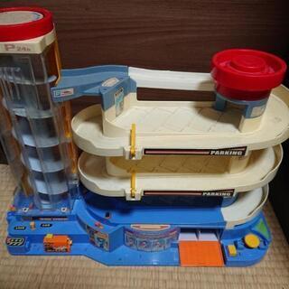 トミカタワー おもちゃ