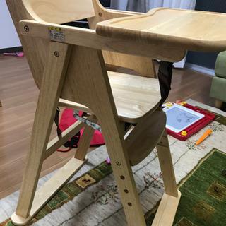 子ども用の木製イス