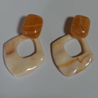 Handmade マーブルオーバルピアス