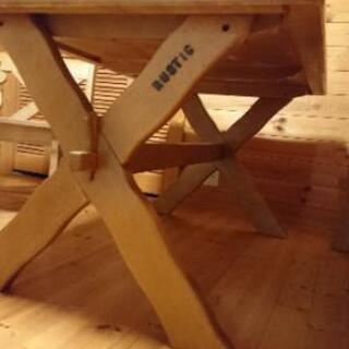 カリモク の ダイニングテーブル 売ります − 福井県