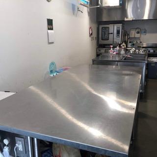 土佐堀エリア本格的厨房を備えたキッチンで料理イベントや試作、試食...