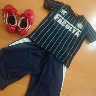 サッカーユニフォーム&スパイクシューズ