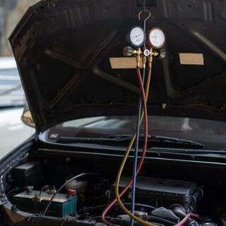 車のエアコンガス補充が大特価❗❗