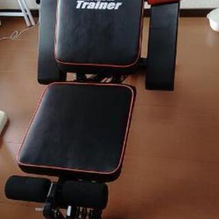 トレーニングマシーン