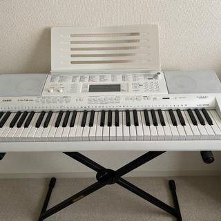 CASIO LK-208 光ナビゲーションキーボード 61鍵