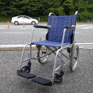 中古品 訳アリ品 車椅子 折りたたみ可能 左タイヤ少し歪みあり ...