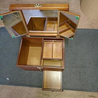 昭和レトロ❗三面鏡付きメイクボックス/ コスメケース/ 木製