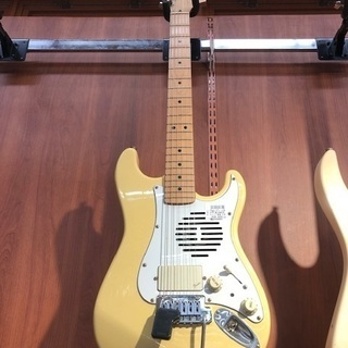 Fender Japan アンプ内蔵ギター