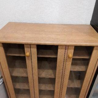 【取引中】食器棚 キッチンボードの画像