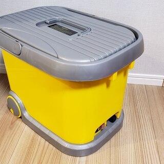 充電タンク式高圧洗浄機36L(車載充電器付き)