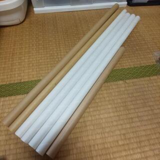 ㊤長い包装紙の芯7本