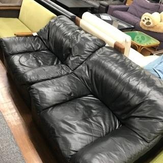 フクラ HUKLA 1掛けソファー 2つあります。